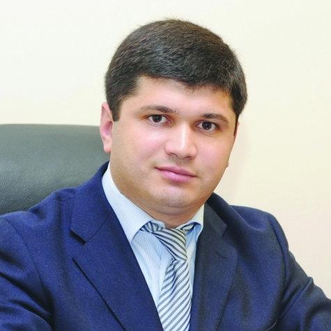 Анзор Эрнеков